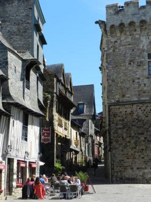 Place Saint-Yves