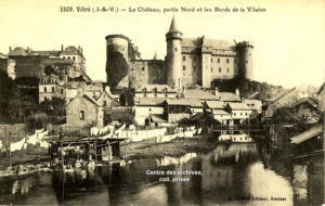 Vue ancienne du château depuis le pré des lavandières