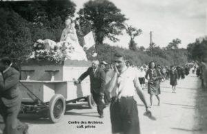 Procession de Notre Dame de Boulogne à Vitré le 6 mai 1945