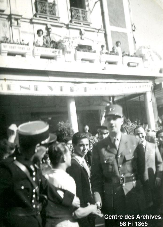 Venue du Général de Gaulle à Vitré